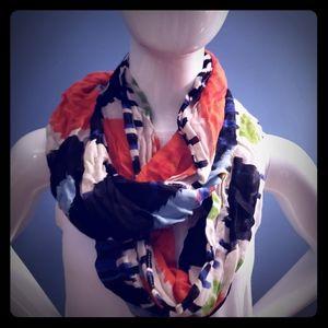 American Eagle multi color scarf